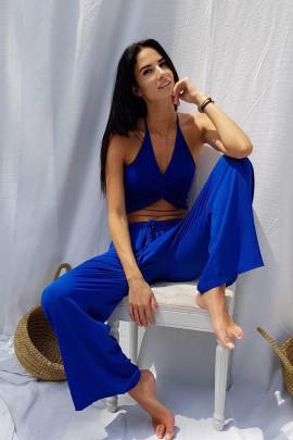 top modrý