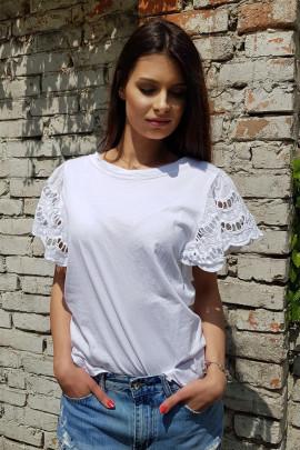 tričko B.