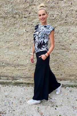 Tričko Batiko čierne