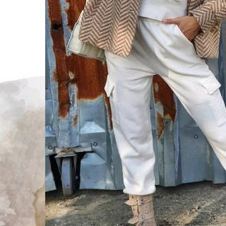 Autum vibes in fashion look. .  .  .  .#ALLORA #modaitaliana #innstyle #dnesobliekam #dnesnosim #nitrashop #fw20 #newcollection #instasvk🇸🇰 #slovakwomens