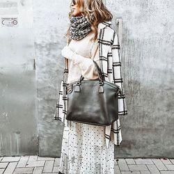 Outfit z @allora.sk ============================= #ALLORA #alloragang #allorafashionstore #madeinitaly #italianfashion #fall #fashiondesigner #fashionshop #instafashion #instalook #instapic